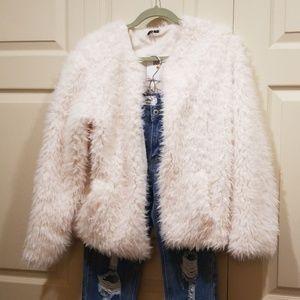 KENZIE Faux Fur Cozy Jacket NWT